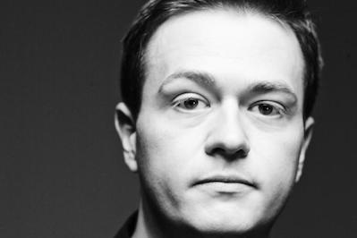 Robert Scheer and Journalist Johann Hari Discuss Addiction and the War on Drugs