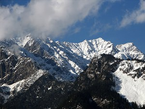 Himalayas to Be Wetter and Warmer Over Next Century