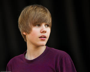 Justin Bieber Likes Health Care Too Much to Become 'Evil' American