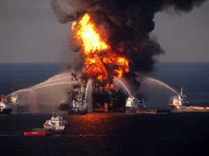 Halliburton Blamed for Shoddy Construction in Gulf Oil Disaster