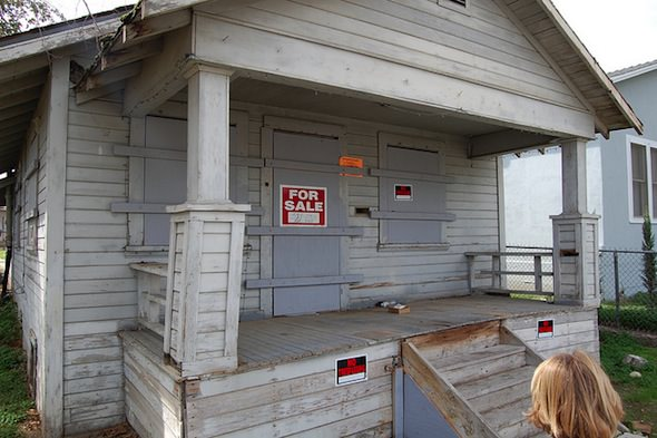 The Looming Foreclosure Crisis: Local Governments Step In