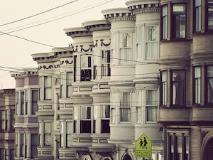 Green Light for City-Owned San Francisco Bank