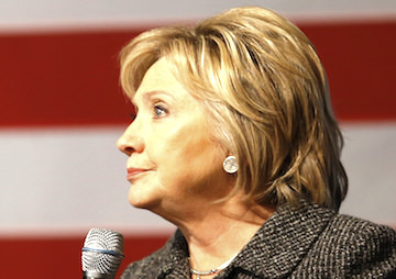 Hillary Clinton's Wall Street Reform Plan Leaves Credit Rating Agencies Untouched