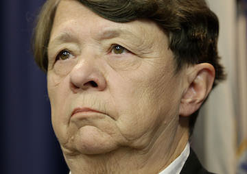 SEC Chair Seeks to Oust Regulator Who Regulated Auditing Firms