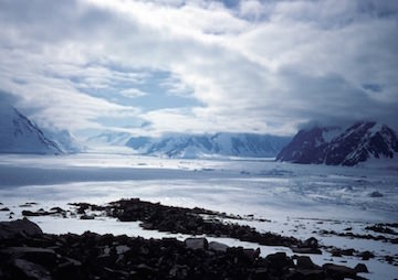 Scientists Weigh New Evidence on Antarctic Ice Melt