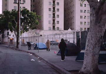 City of Los Angeles Continues to Invade Homeless Camps, Despite Federal Lawsuit