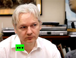 Glenn Greenwald Objects to New York Times Review of 'Nut Job' Julian Assange (video)