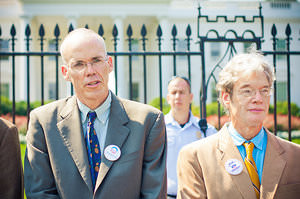 Truthdiggers of the Week: Bill McKibben and Protesters