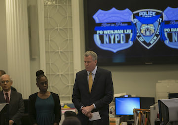 NYC Mayor de Blasio Doesn't Want to Make Chokeholds Illegal