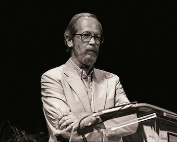 Crime Writer Elmore Leonard Dies at 87