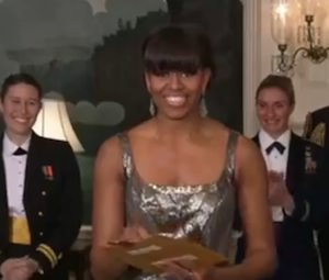Oscars 2013: Watch Michelle Obama Announce 'Argo' as Best Picture