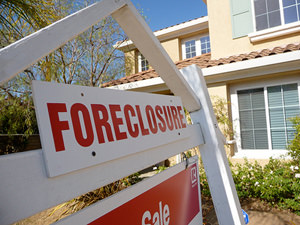 Fed Takes a Swing at Foreclosures