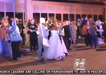 Furry Convention in Chicago-Area Hotel Disrupted by Chlorine Gas Outbreak