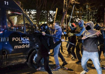 Spanish Police Arrest 24 in Madrid After Anti-Austerity Protest