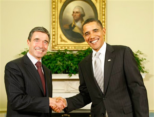 Obama Meets With NATO Chief on Afghan Strategy