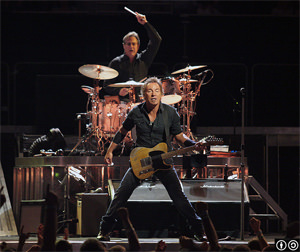 Springsteen Pipes Up for Gay Marriage in New Jersey