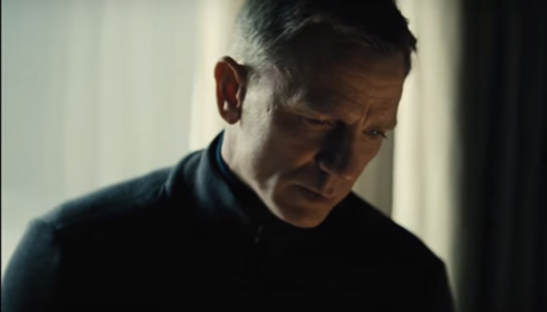 'Spectre' Film Review: How James Bond Becomes Edward Snowden in the Spy Series' New Entry (Video)
