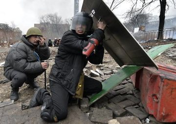 Ukraine Blames Russian Agents for Deadly Clashes in Kiev