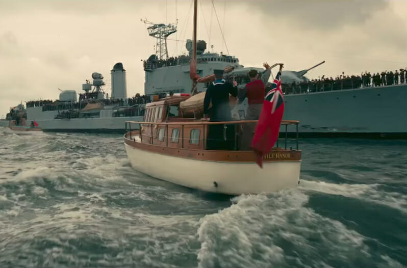 'Dunkirk' Avoids Politics and Melodrama to Deliver a Powerful Human Survival Story