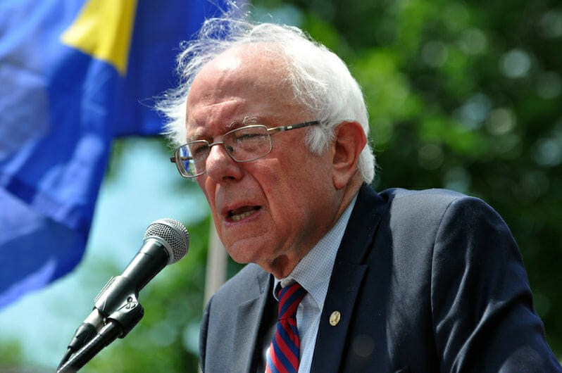 Stand With Sanders Against 'Pro-Fracking' Bill, Environmentalists Urge Senate Democrats