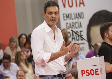 Spain's Socialists Reject P.M. Mariano Rajoy, Right-Wing Government