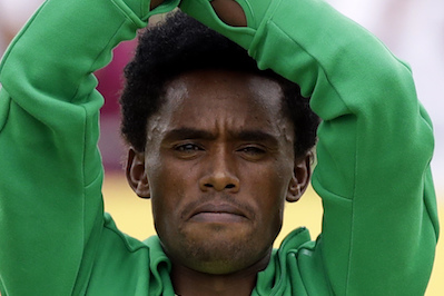 Truthdigger of the Week: Feyisa Lilesa, Ethiopian Silver Medalist and Protester