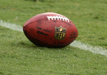 Report Finds Top NFL Officials Tried to Influence Government Funding on Football Brain Injury Study