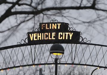 'Only the Beginning': Three Face Criminal Charges in Flint Water Crisis