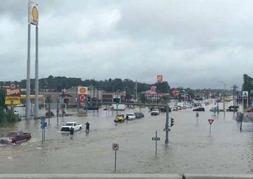 Louisiana Battles 'Unprecedented' Flooding