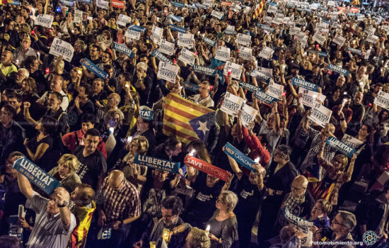 Thousands March in Protest of Spain's Plan to Take Over Catalonia