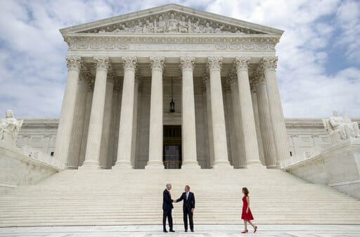 Supreme Court Avoids Ruling on Two Partisan Gerrymandering Cases