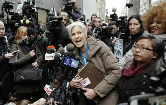 Jill Stein Breaks 'Russiagate' Silence, Gives Documents to Senate Committee