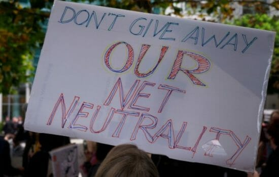 Net Neutrality Defenders Ramp Up Pressure on House Lawmakers