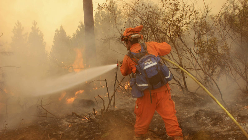 Prisoners Fighting California Fires Make Less Than $2 an Hour
