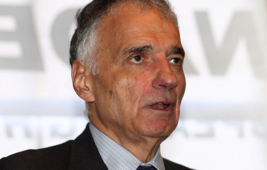 Ralph Nader: Canada's Health Care System Puts America's to Shame