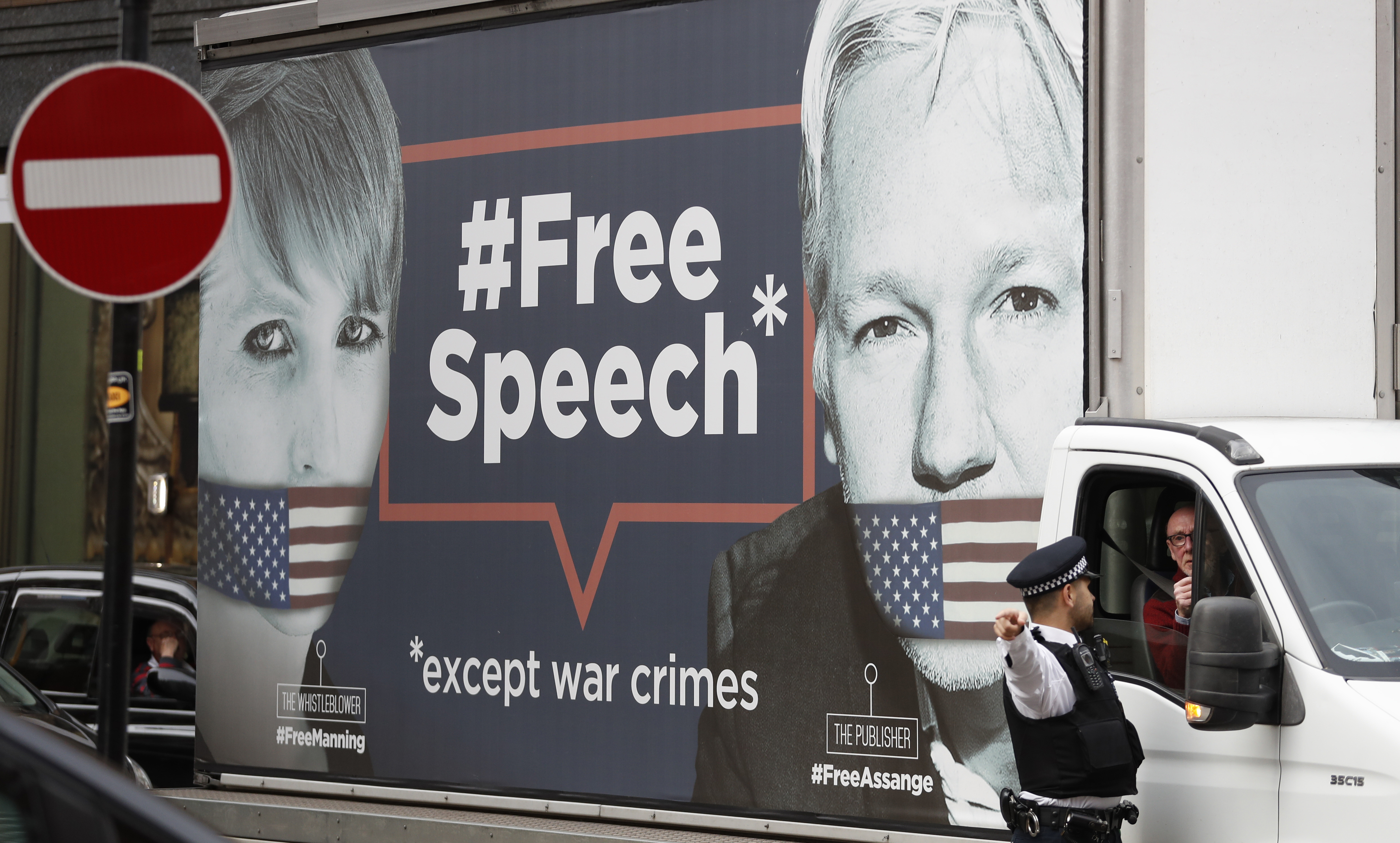 A Soldier's Defense of Chelsea Manning and Julian Assange